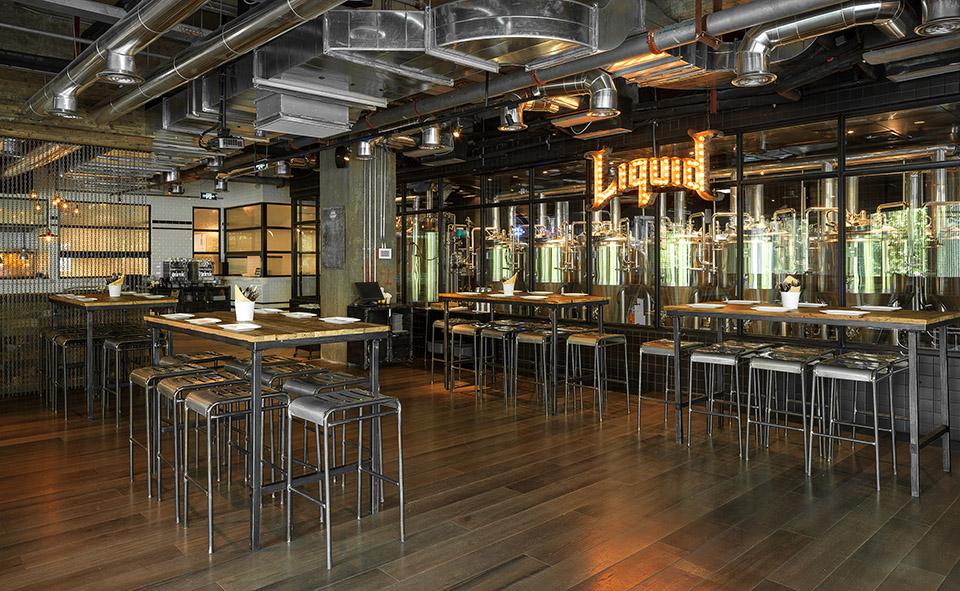 上海Liquid Laundry西餐厅室内设计,酒吧设计,西餐厅设计,上海餐厅设计,上海西餐厅设计,上海酒吧设计,工业风酒吧设计,工业酒吧设计,复古酒吧设计,复古餐厅设计,上海复古西餐厅设计,专业酒吧设计,上海专业酒吧设计,LOFT酒吧设计
